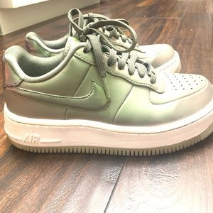 Air Force 1 Iridescent Metallic Leather Sneakers
